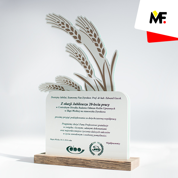 Trophy for 20th Anniversary of Varieties of Agricultural Plant Species Centre