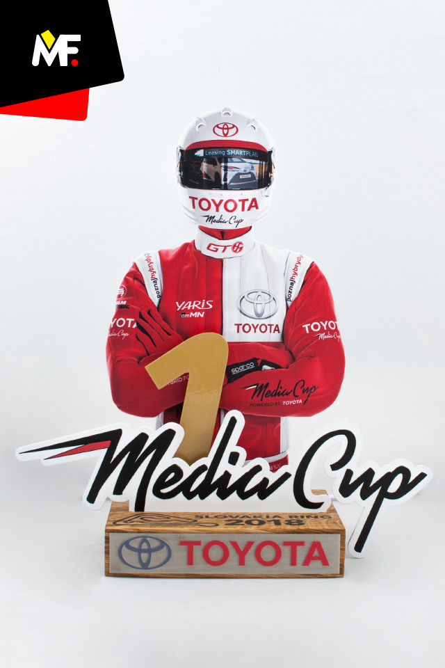 An innovative statuette presenting the participant of the Toyota Media Cup race